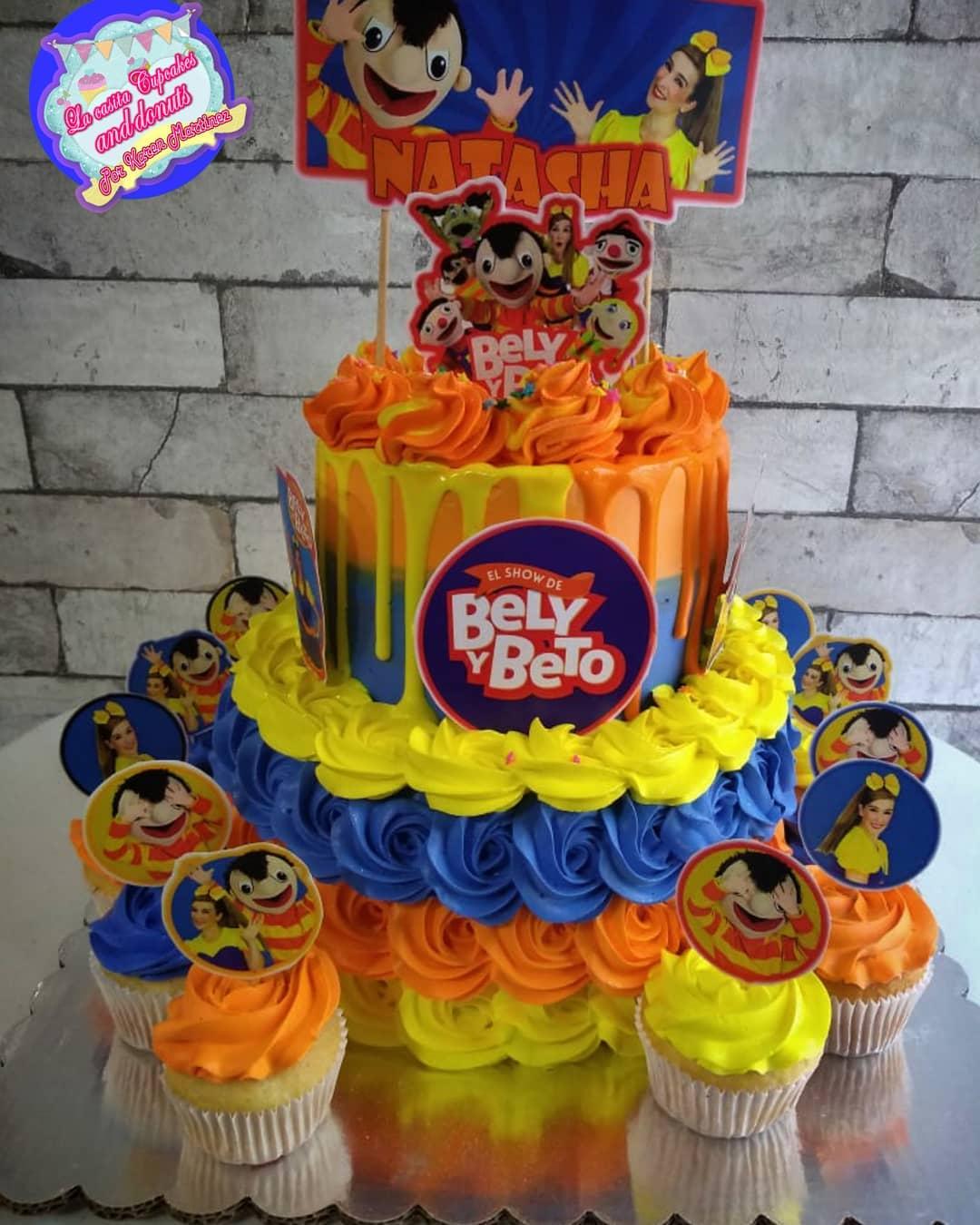 Se divierte con Bely y Beto en su fiesta
