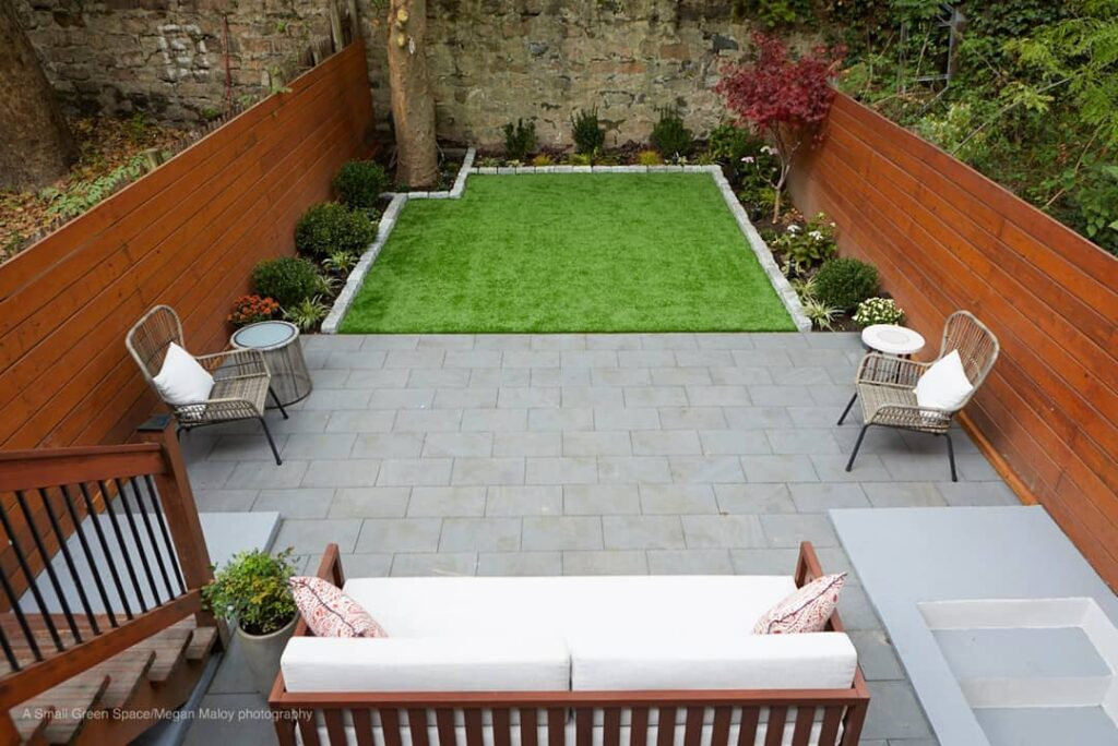 decoration of small patios