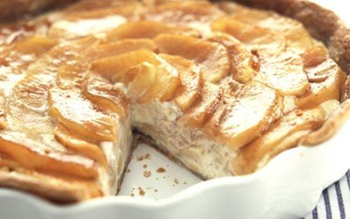 Delicious apple pie German recipe