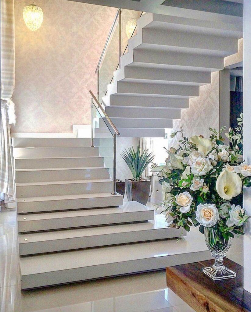 interior stairs decoration