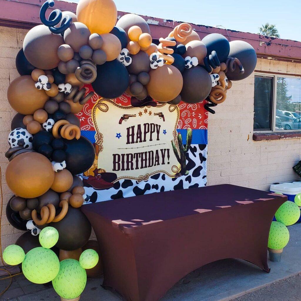 Cowboy party decor
