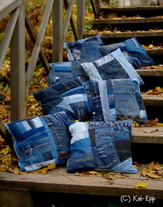Cushion with jeans