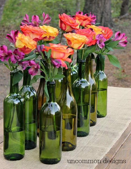 Decorative vases with little bottles