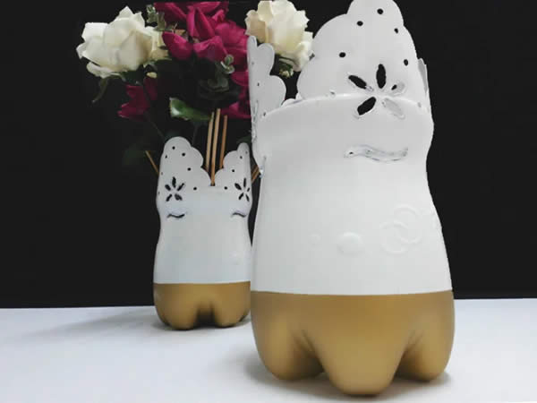 Vase with flower arrangement