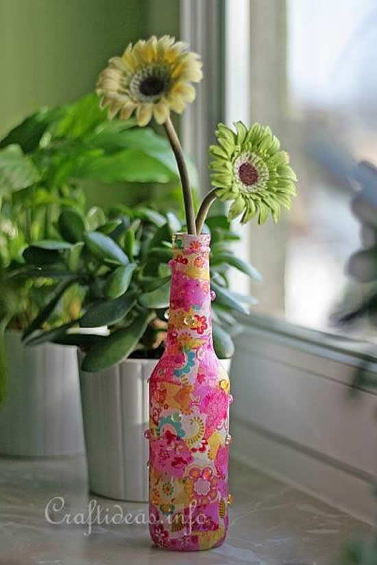 Decoration with recycling bottles