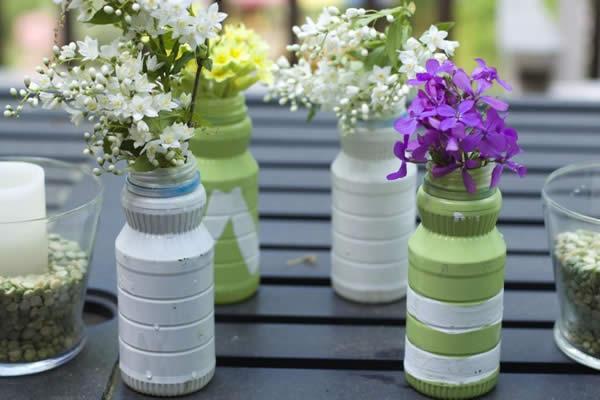 Flower arrangements with little bottles