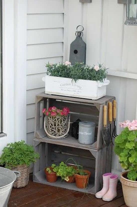 Garden box ornament