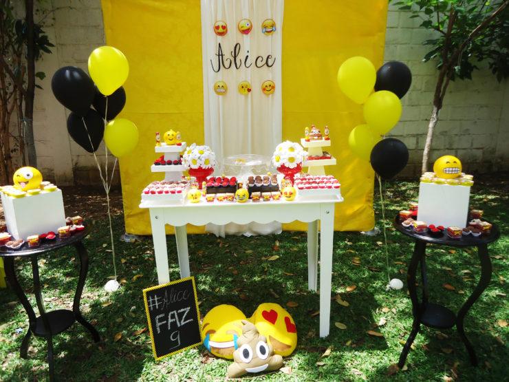 Emoji Party Decoration Ideas