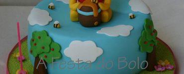 41 Pooh Bear Decorated Cake Ideas
