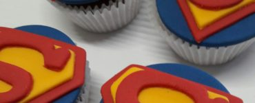 Sweets and Snacks Ideas for the Superman Party